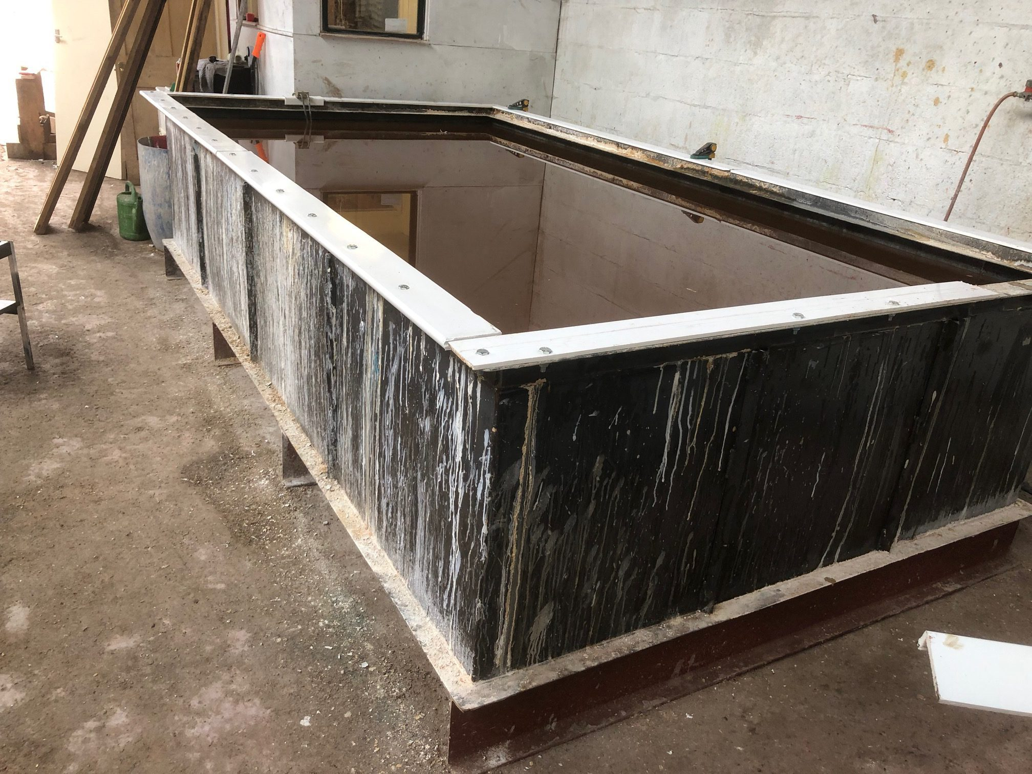 commercial dip and strip tank - 12ft x 6ft - glasgow