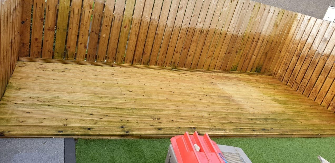 Decking cleaning Glasgow & Paisley